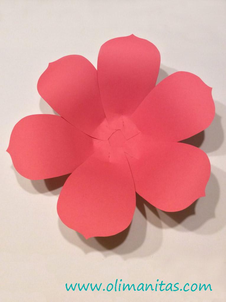 Flores De Papel Gigantes Faciles De Hacer 13