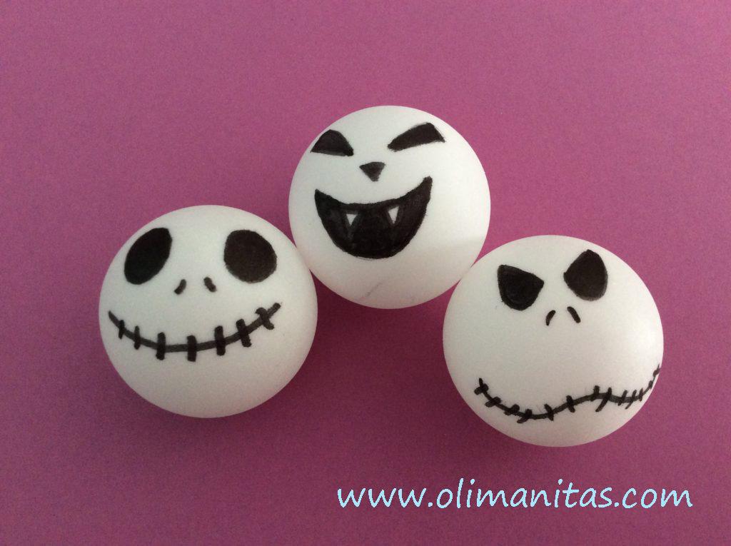 Ahora pintamos en cada pelota una cara terrorífica