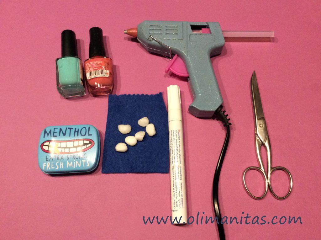 Materiales necesarios para hacer el juego tres en raya de bolsillo